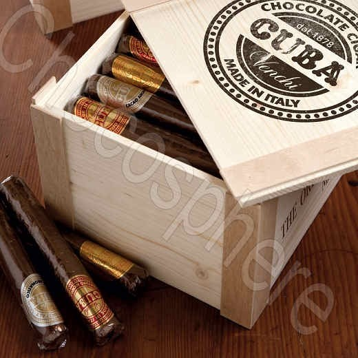 Venchi 54-Piece Wooden Cigar Box