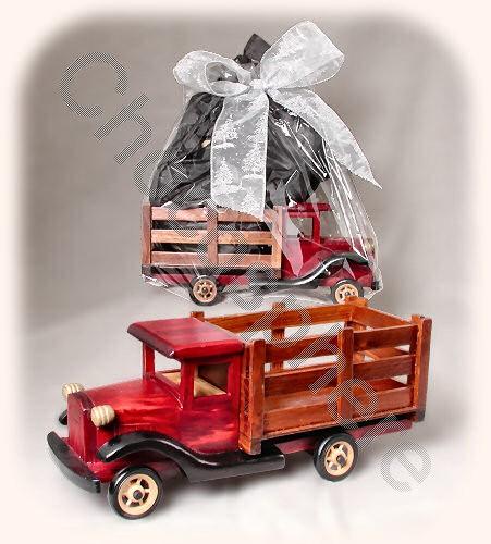 """""""Gift Truck"""""""