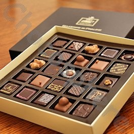 Slitti Assorted Pralines 25pc Gift Box
